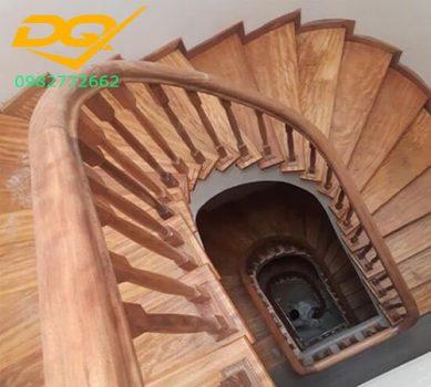 Ốp bậc cầu thang gỗ tự nhiên lim nam phi