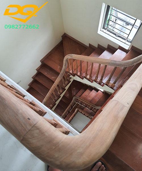 Ốp bậc cầu thang gỗ tự nhiên lim nam phi#5
