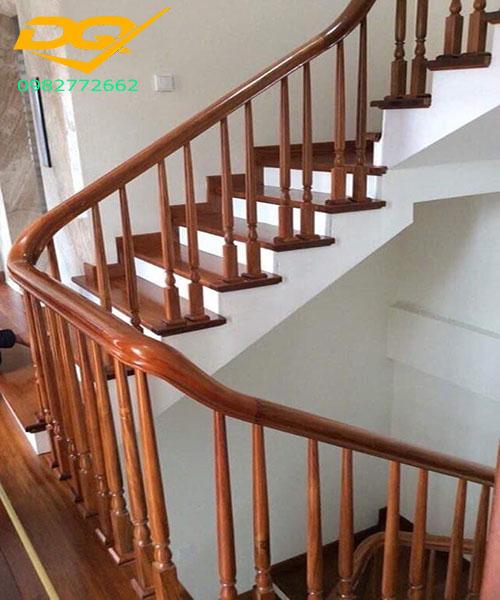 Ốp bậc cầu thang gỗ tự nhiên lim nam phi#7