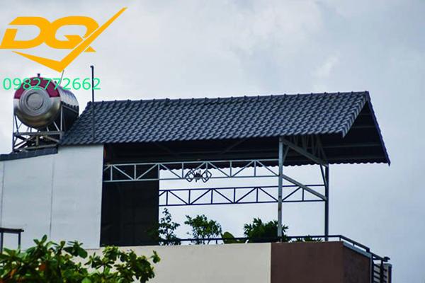 Mái tôn sân thượng chữ A