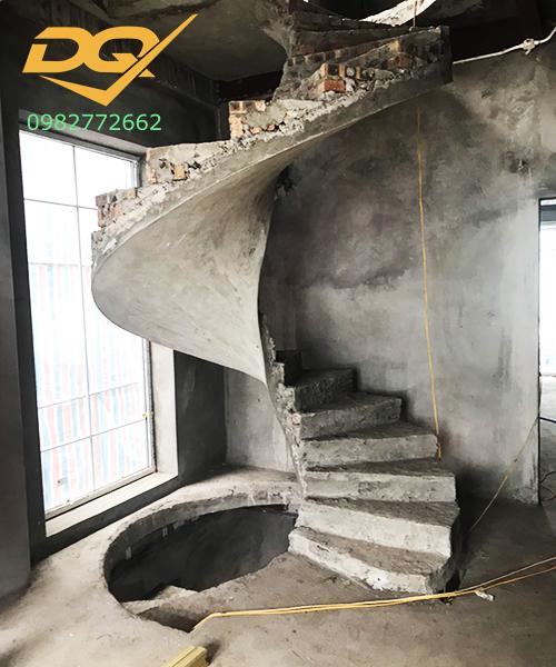 Cầu thang xoắn ốc betong